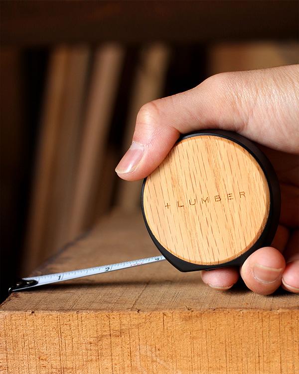 質感が心地良いオートストップ式木製メジャー巻尺