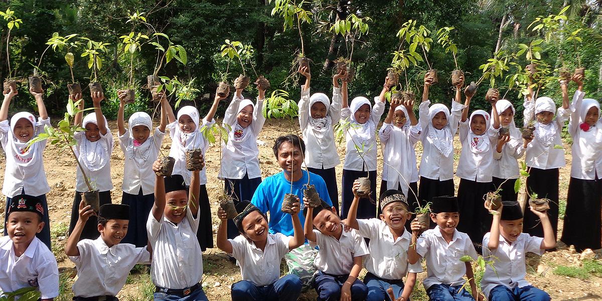 SDGS-植林と教育
