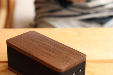 銘木の魅力をプラスしたBluetooth モバイルスピーカー
