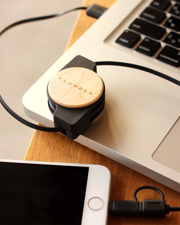 iPhoneやスマートフォンに対応した巻き取り式USBケーブル