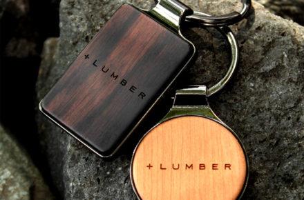 銘木の美しさをプラスした木製キーホルダー