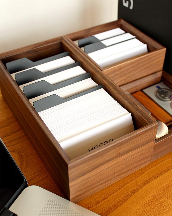 機能的でシンプルなデザインのおしゃれな名刺入れ・カードホルダー