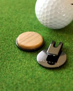 ゴルフが楽しくなる木製グリーンマーカー「Golf Marker」