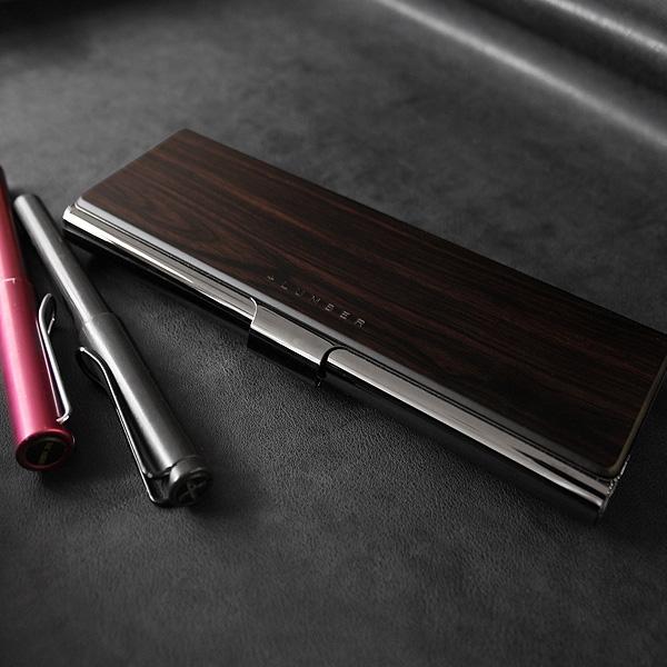 プレミアムモデル「黒檀」の木製筆箱・ペンケース