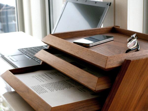 無垢ウォールナットの木製3段書類ケース